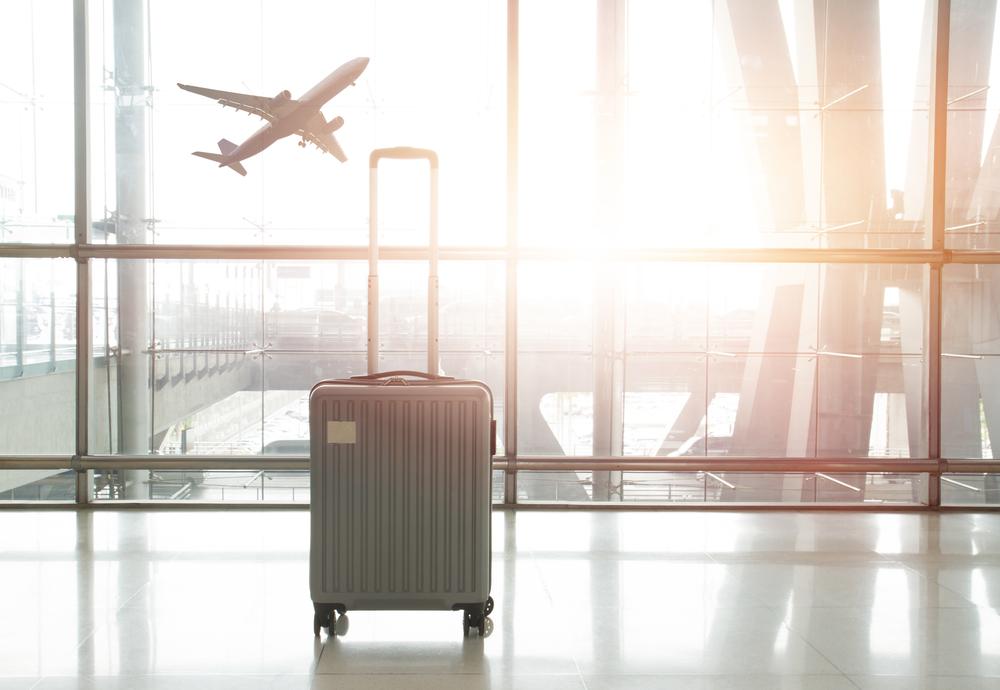 DEPARTURES FLIGHT SCHEDULE ARRIVALS FLIGHT SCHEDULE Jakarta AIRPORT